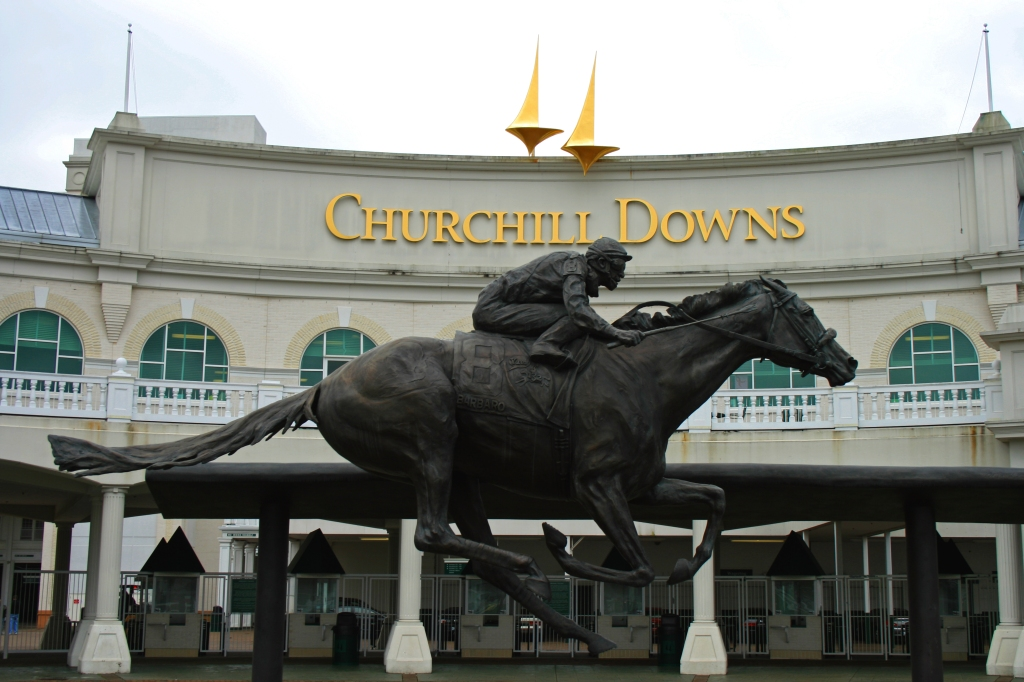The Barbaro statue at the entrance to Churchill Downs.