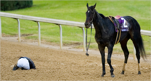 Pine Island dislocated her left front fetlock joint, an injury that was made worse because the bone pierced the skin.